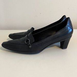 Ecco Kansas buckle pointed heel with box!
